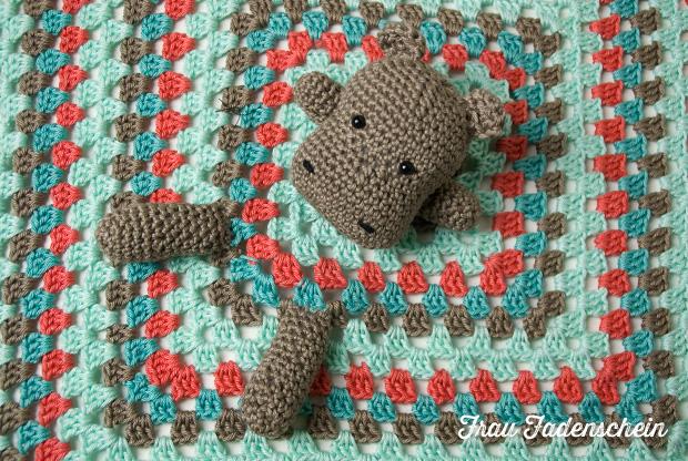 geschenk zur geburt hippo schnuffeltuch frau fadenschein. Black Bedroom Furniture Sets. Home Design Ideas